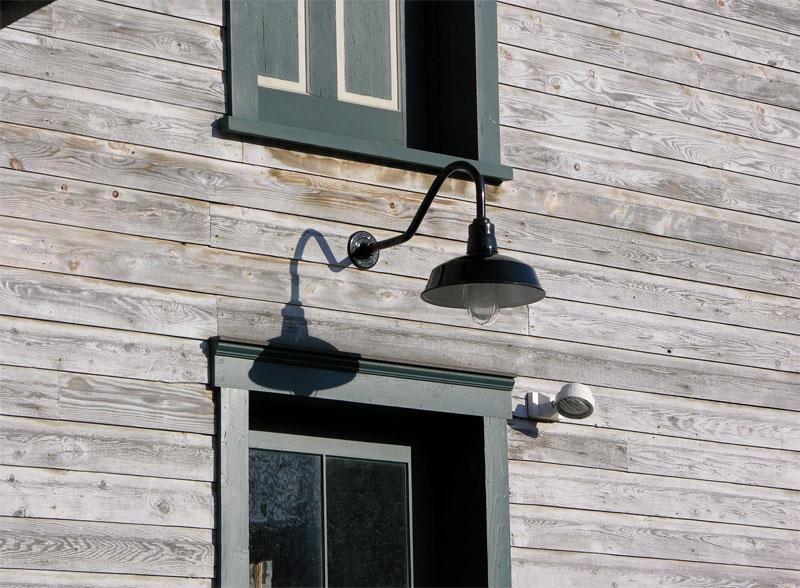 Specification Grade CFL Gooseneck Lighting